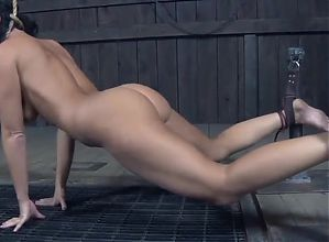 Naked Slave Girl Strangling Looks like fun to me