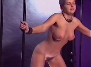 llega al orgasmo por el castigo