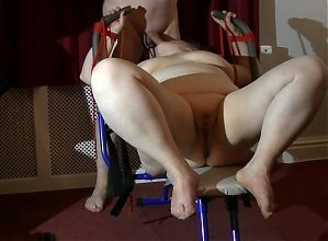 BBW Wife Peta Gets a Workout
