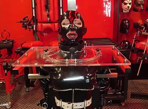 rubber latex gasmask bondage Lock for a long time
