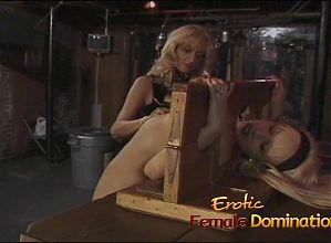 Gorgeous blonde sex bomb has her orgasmic pink slit pleasure