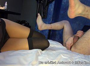GERMAN BDSM TEEN - ANAL DILDO SKLAVE